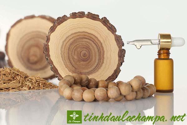 7 tuyệt chiêu làm đẹp với tinh dầu gỗ đàn hương