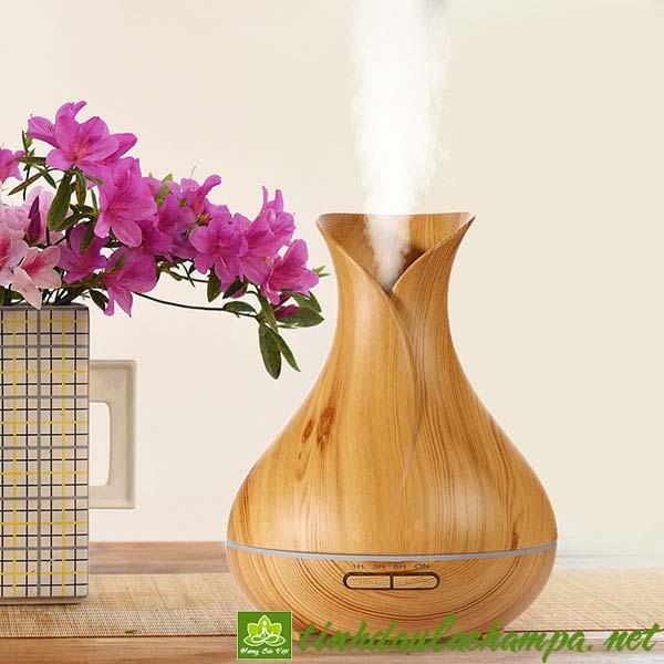 Máy khuếch tán tinh dầu 400ml bình hoa Tulip giá rẻ
