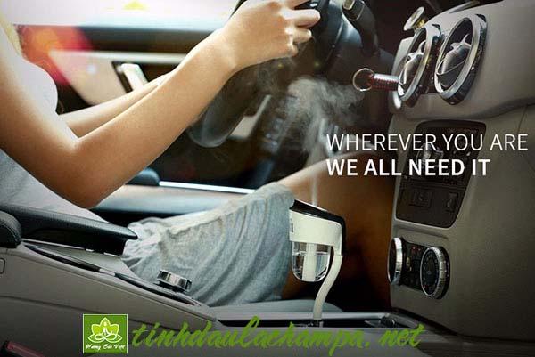 Máy khuyếch tán tinh dầu cho ô tô, xe hơi giá rẻ và bền nhất
