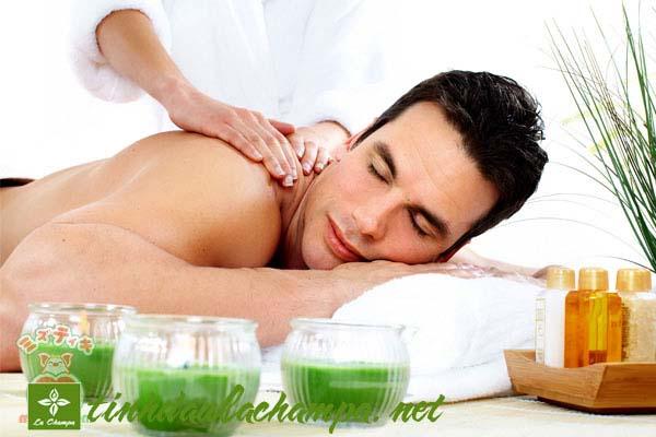 Những điều cần biết về tinh dầu massage