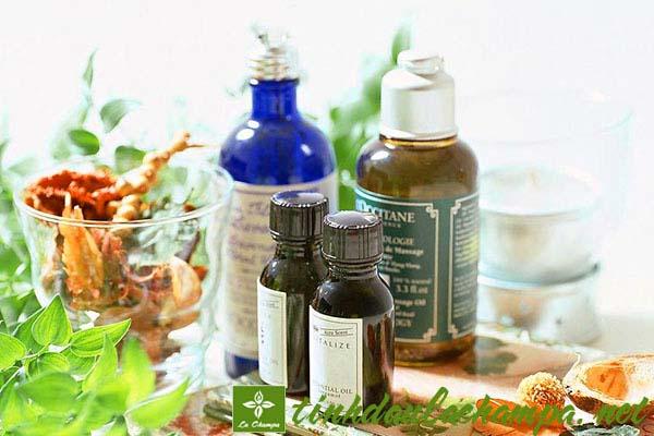 Các giải pháp chăm sóc tóc với tinh dầu tự nhiên