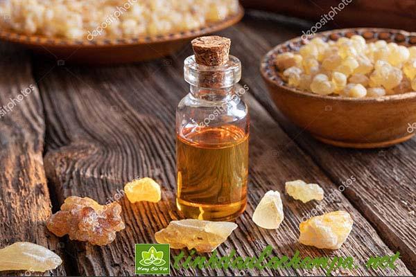 8 công dụng và lợi ích khi sử dụng tinh dầu Trầm Hương Frankincense