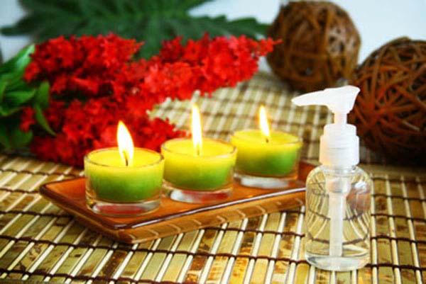 Tự chế lọ tinh dầu thơm cho phòng ngát hương